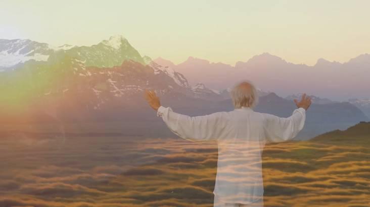 Fabien Maman greets the Sun in Switzerland